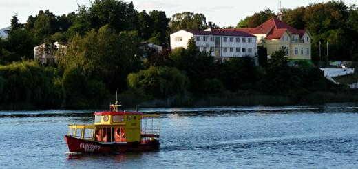 Casa Carlos Anwandter, as seen across the river