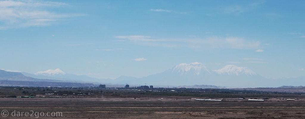 In the distance: Calama with volcanos in the backdrop