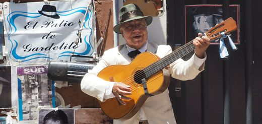 Street musician at the San Telmo Sunday market in Buenos Aires