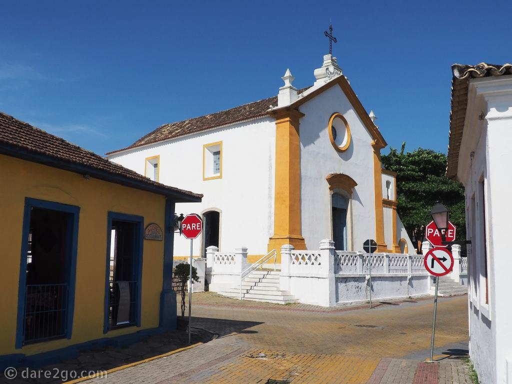 Floripa: the church N.Sra. das Necessiades, from 1756, in Santo Antônio de Lisboa