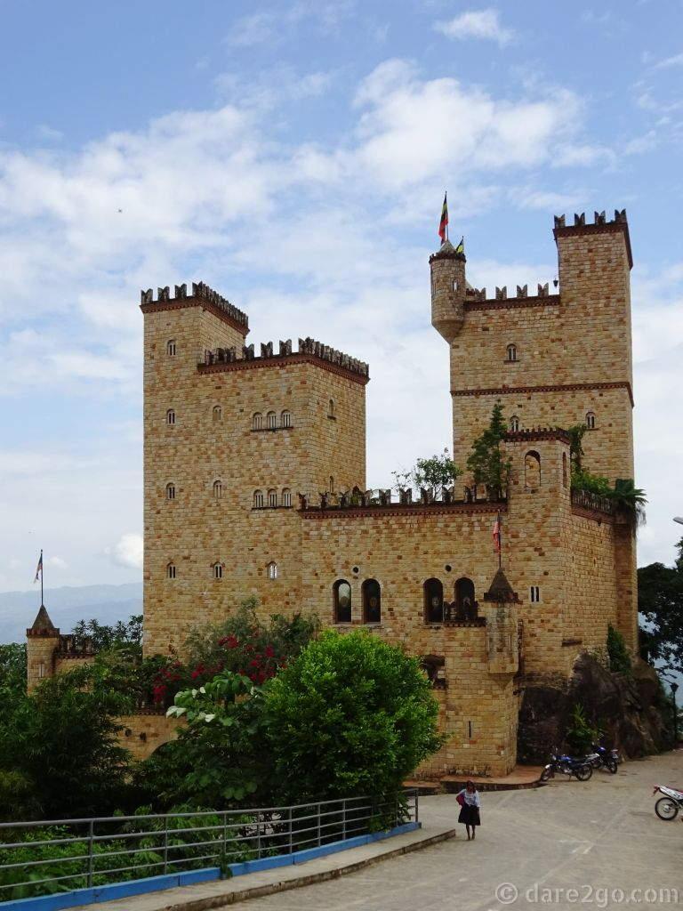 Castillo de Lamas built by Italian Nicola Felice - some might think him eccentric!