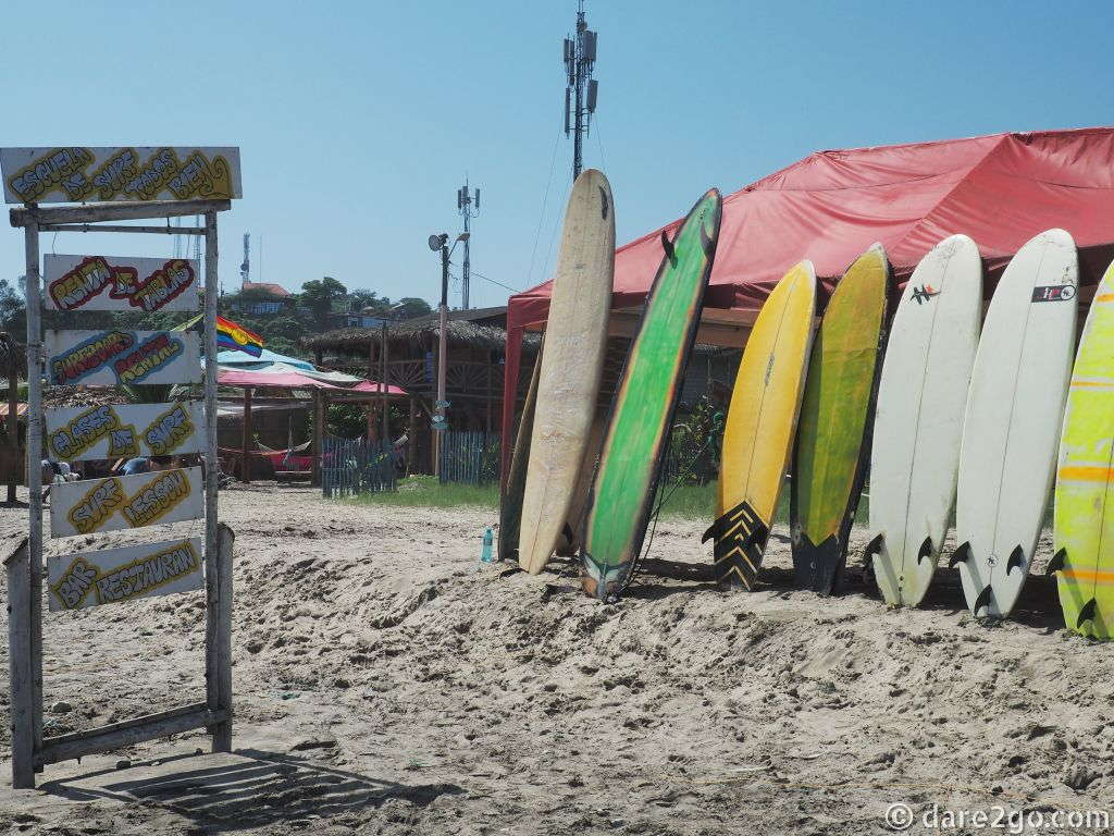 Visiting Montañita: this beach on Ecuador's coast is a surfing hotspot.