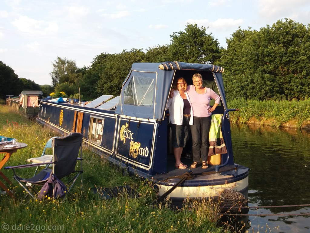 Yasha and her sister on the Celtic Maid. You can follow them on their blog Narrowboat Aussies.