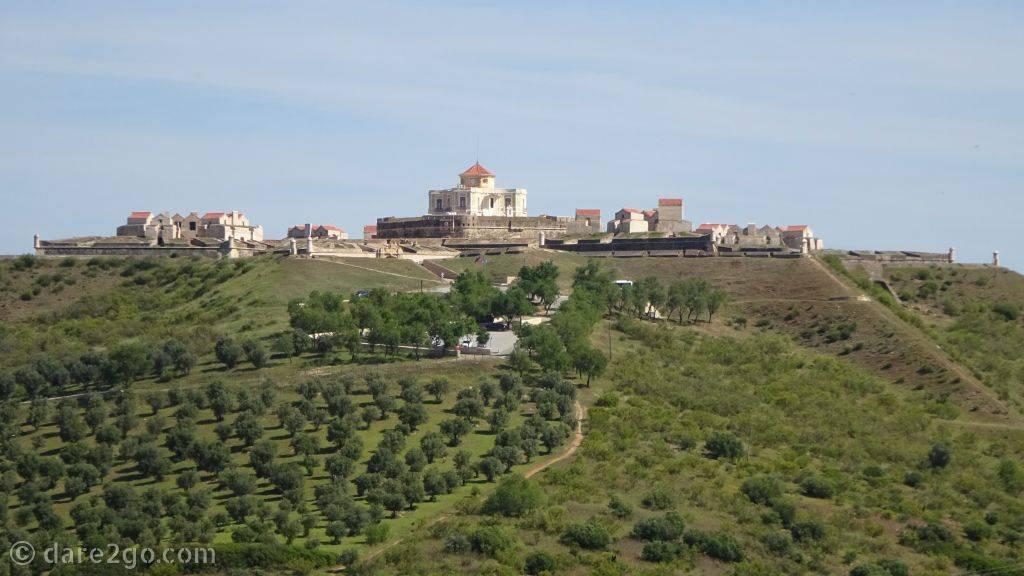 This is as close as we got to the Nossa Senhora da Graça Fort. Viewed from Elvas' castle hill.